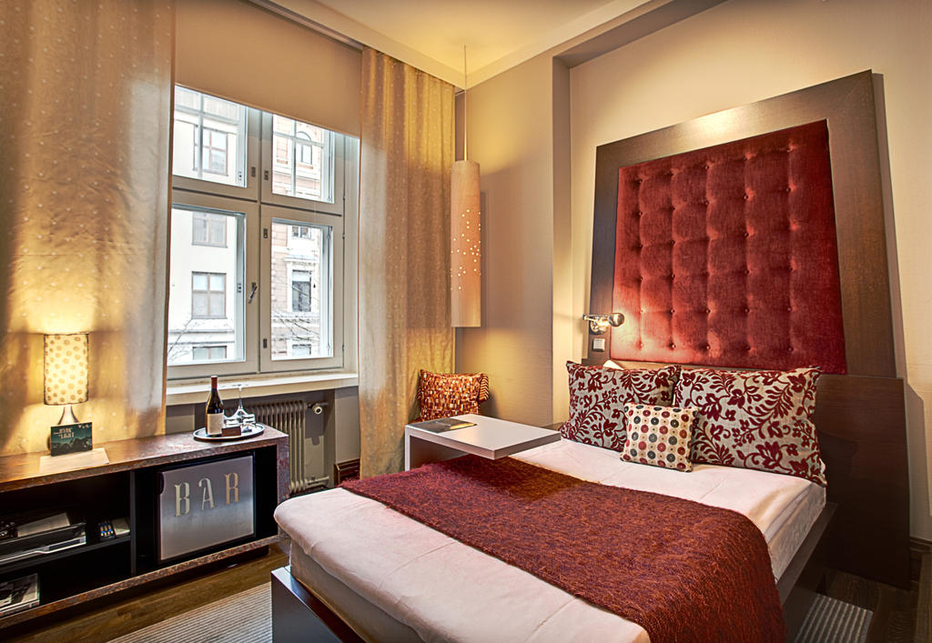 A preview of a Double Desire room in Klaus K Hotel.