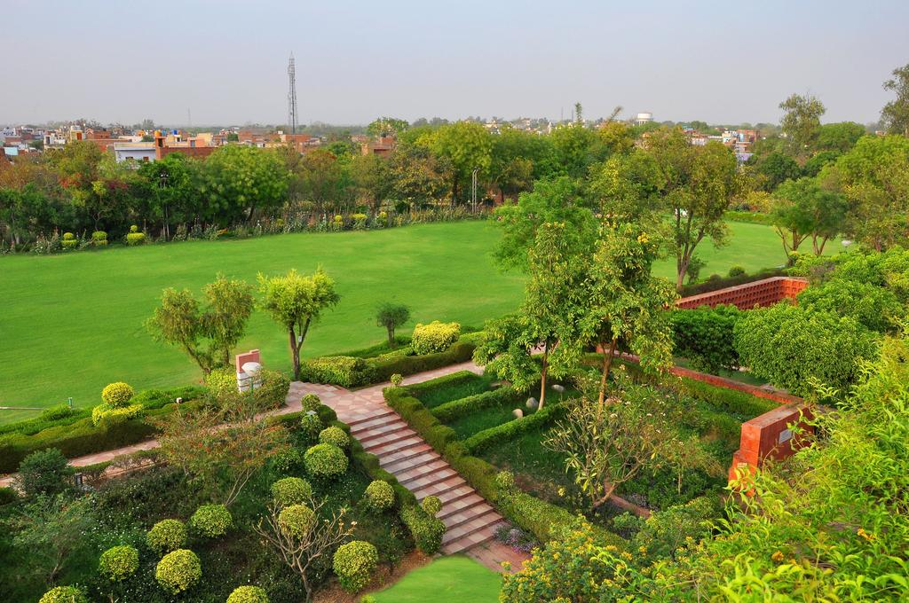 The beautiful gardens and lawn at the ITC Mughal Hotel in Agra.