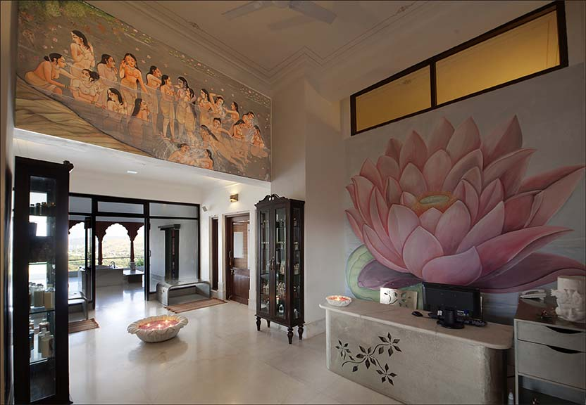 The beautiful reception area at the Fate Garh in Udaipur.