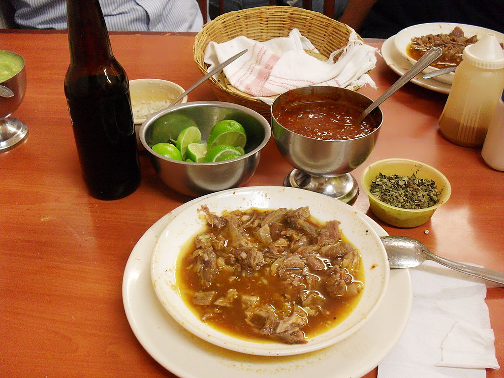 A generous serving of plato de birria.